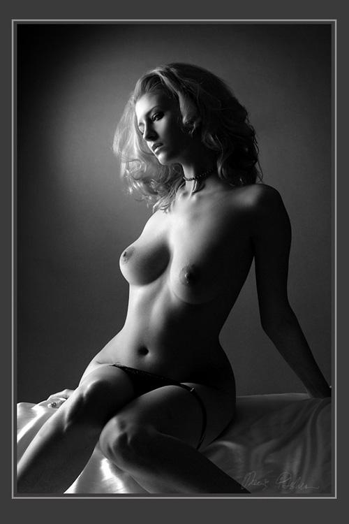 чикс приятно, черно белые фотографии голых девушек женщины равномерно распределяли